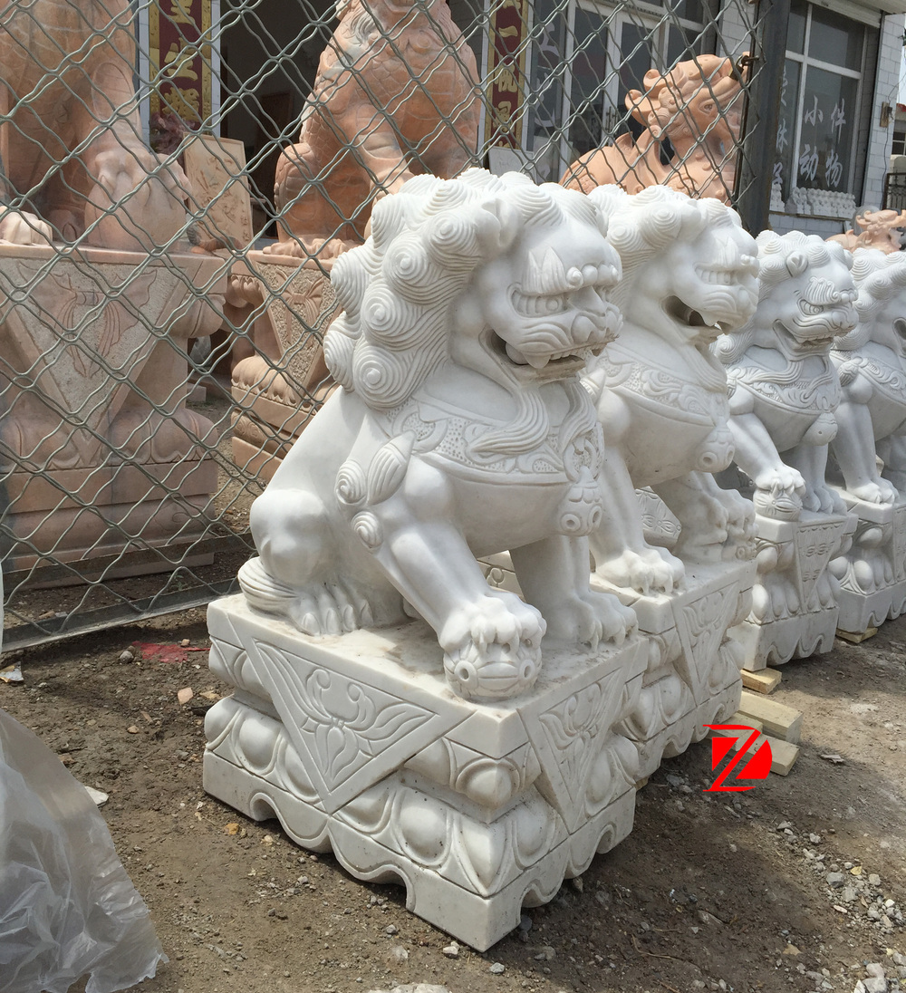 White Marble Hand Caved Chinese Lion Foo Dog Fu Dog Statue