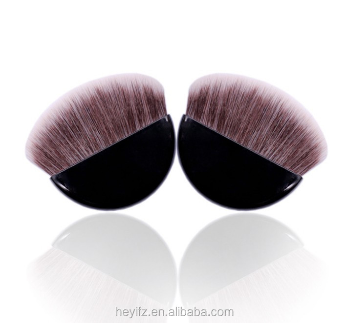 Hot Sell Synthetic Hair Small Flat Plastic Semicircle Handle Compact Brush