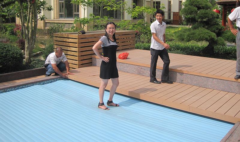 Diy Automatic Hard Plastic Swimming Pool Cover Keep Pool