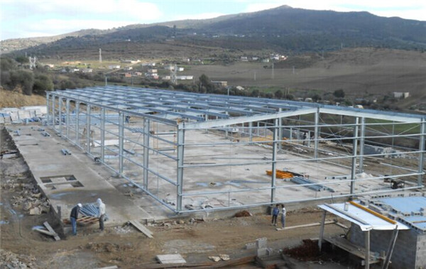 Galvanized prefab portable pre engineering steel structure warehouse