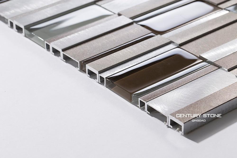 Spazzolato alluminio e vetro backsplash piastrelle cucina mosaico ...