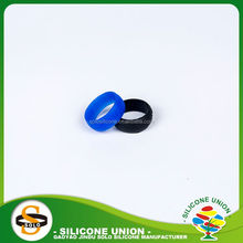 Round children silicone teething ring toy