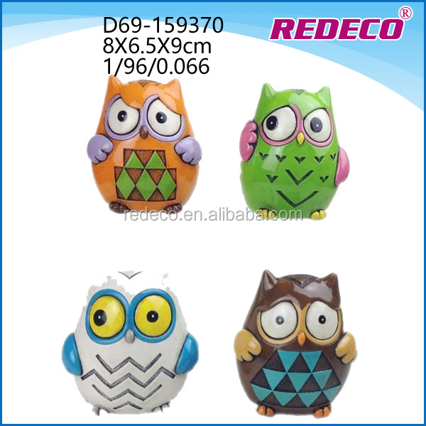 Customized natural folk carving polyresin owl modern home decorations
