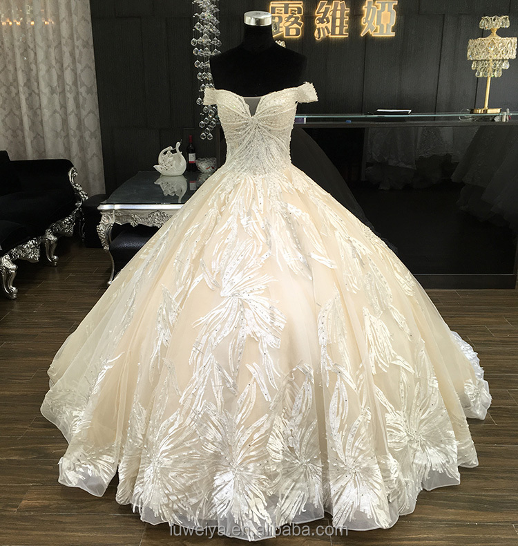 Luxury Beaded Long Train Champagne Lace Bridal Wedding Dresses With Very Long Tail Buy Very Long Tail Wedding Dress Big Train Tail Wedding