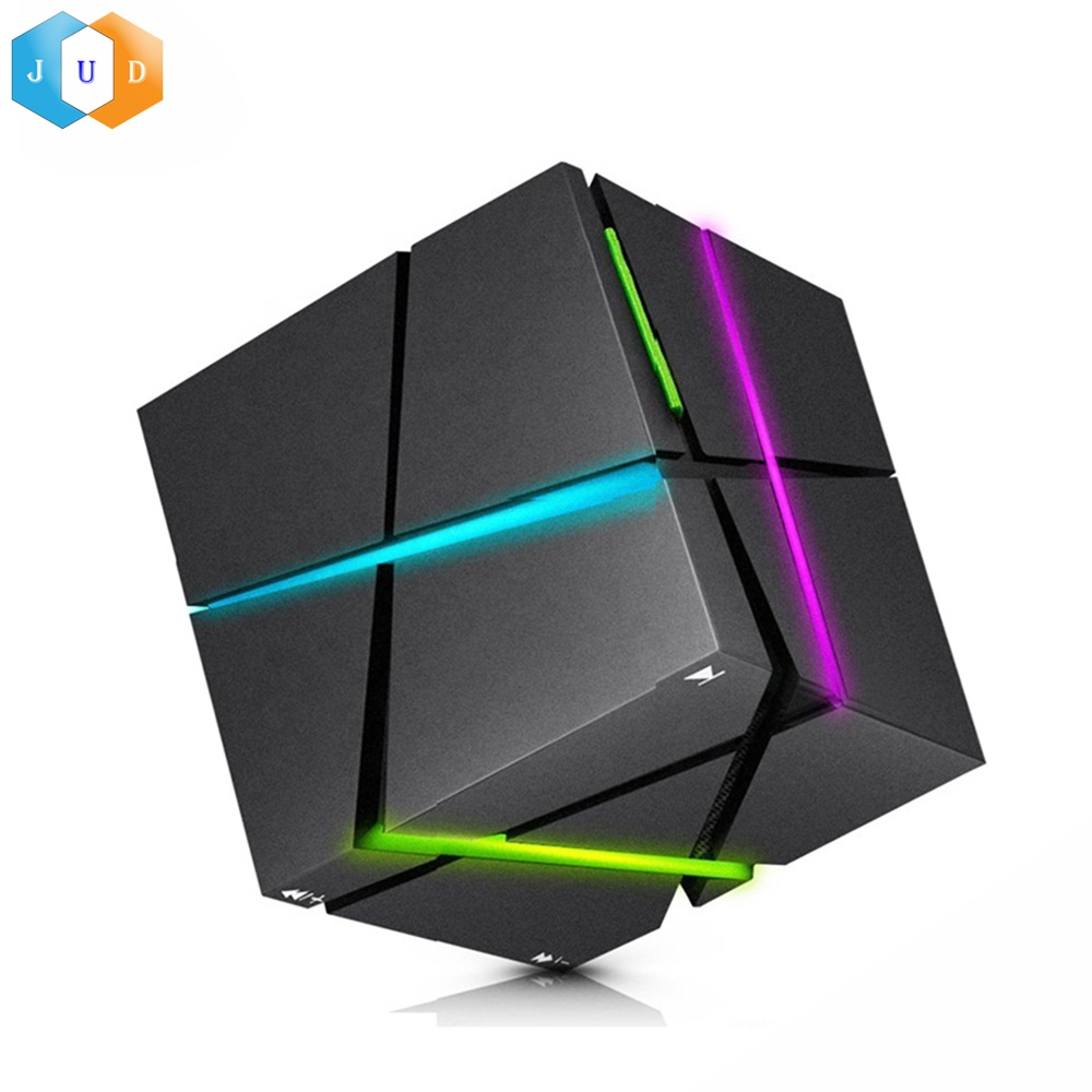 2019 Fantasia Led Praça Cube Cubo Mágico Falante Sem Fio BT Stereo LED Music Player Cúbico Mini Bluetooth Speaker com Led luz