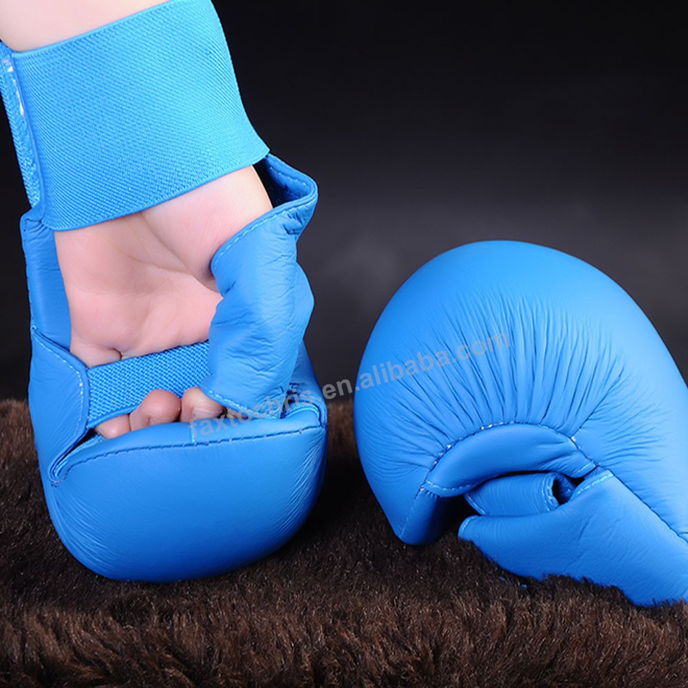 WKF Approved Karate Mitts Karate Sparring Gloves Supplier