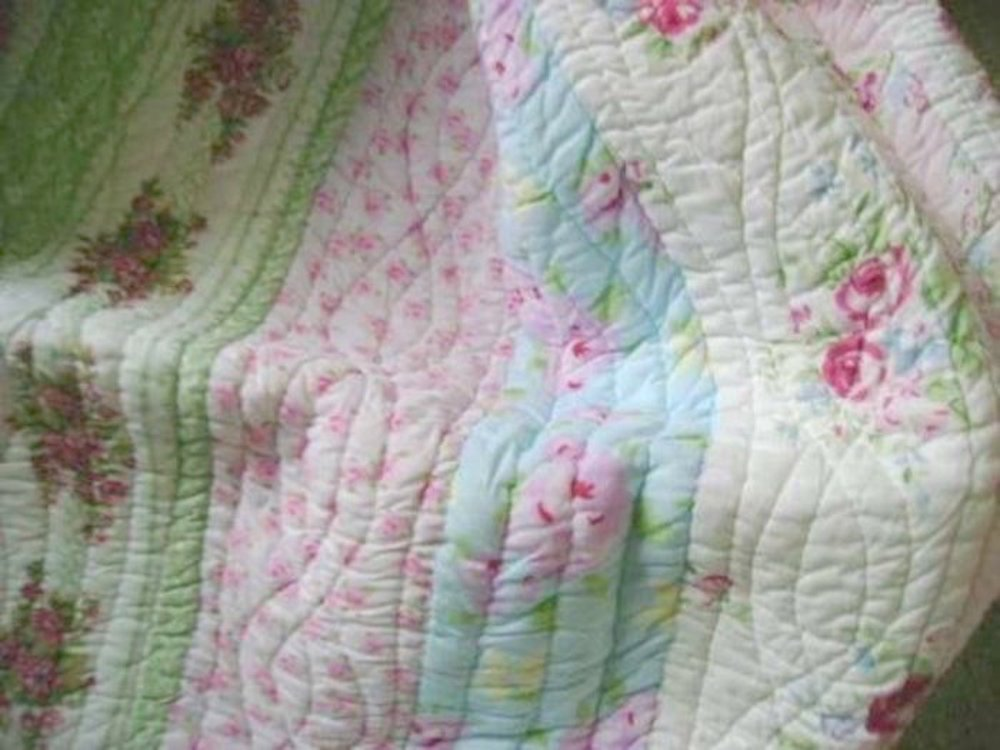 Full Queen Quilt Set Shabby Patchwork Vintage Pink Rose Chic