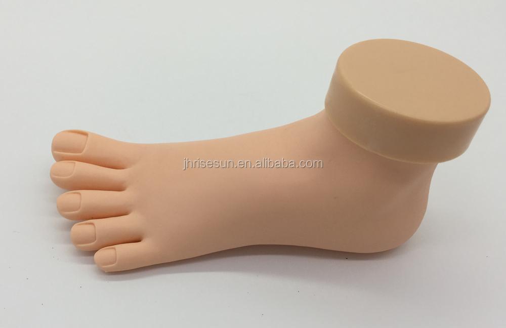 Risesun Nail Hand Practice Model Soft Plastic Hand For Fake Nail Art ...
