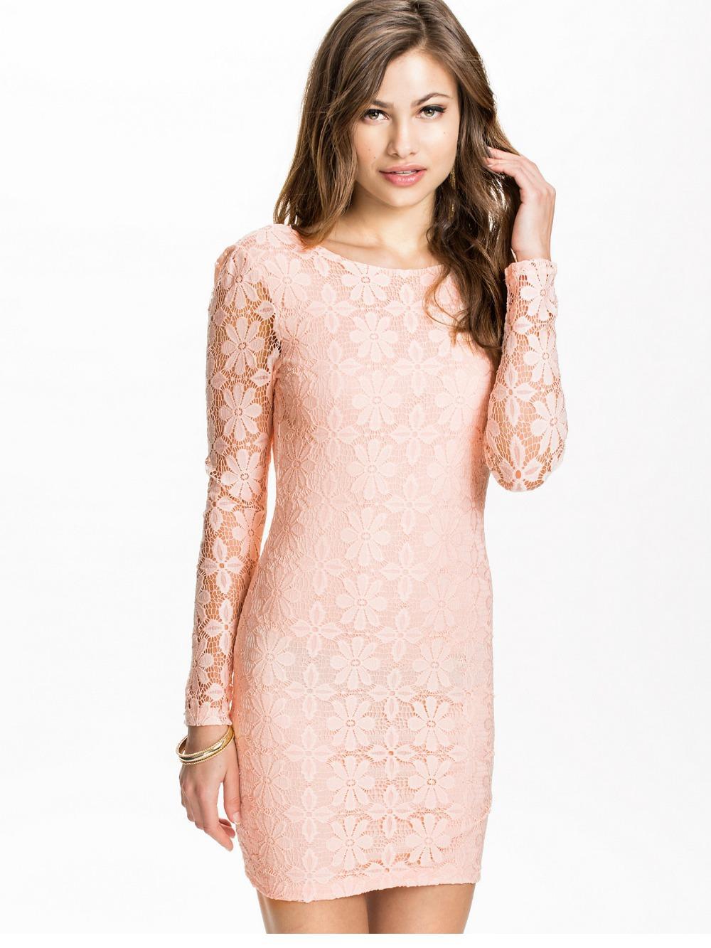b83af244884 Light Pink Lace Dress