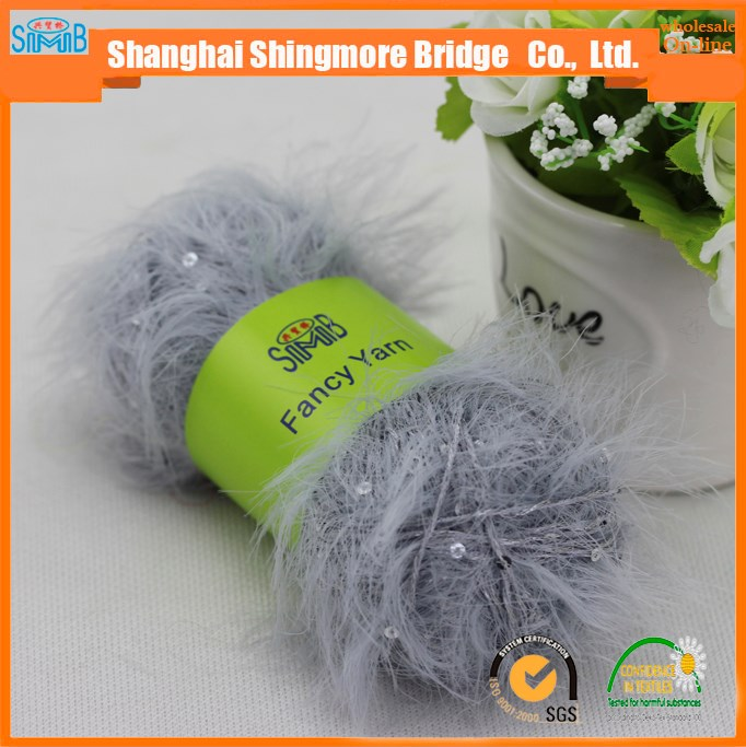 China supplier of fancy yarn hot wholesale feather yarn sequin yarn for crochet