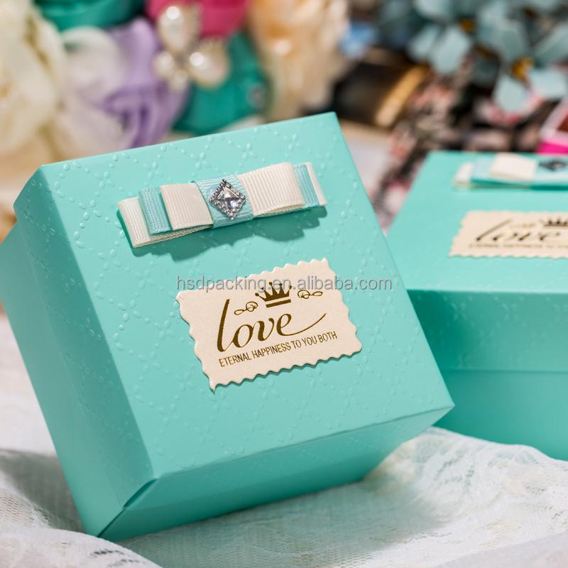 Decorative Festival Christmas Gift Box Magnetic Closure Gift Box ...