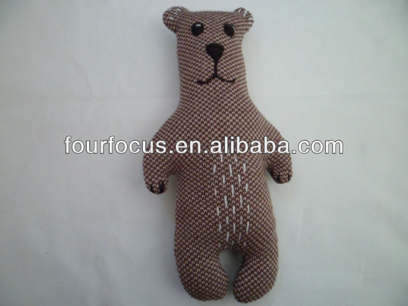 knrtted toy teddy bear