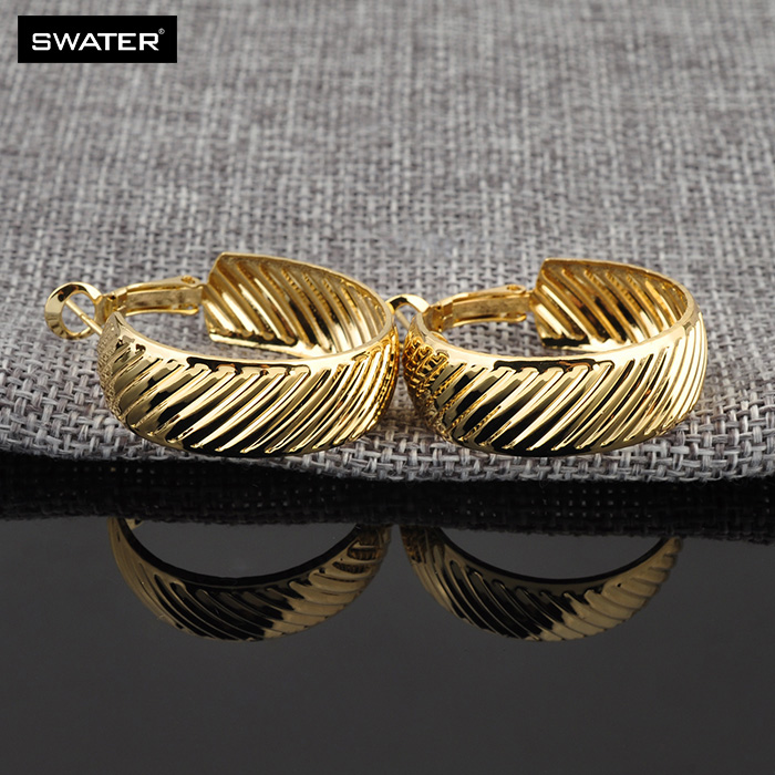 New 2018 Latest Fancy Simple 2 Gram gold Beautiful Earrings ...