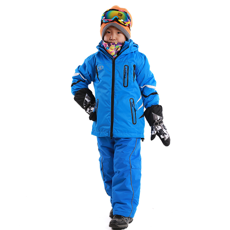 Kids Ski Wear / All Kids Skiing; Refine Refine & Sort All Kids Skiing. products. Introduce youngsters to the slopes in style, with our specialist kid's ski range. Providing warmth from the inside out, with base layers and socks, thermals and sallopettes and jackets and boots. Ski Suits (19) Ski / Snowboarding Boots (18) Boots (