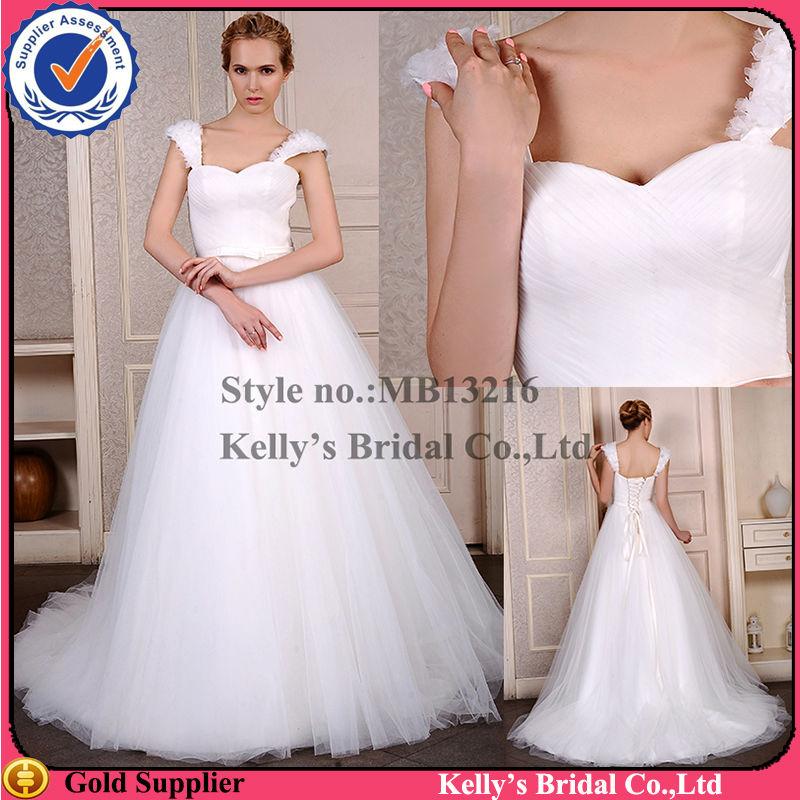 69d26893f1 Vestido de novia de lujo con gran vestido de baile y diseño de la  cremallera trasera