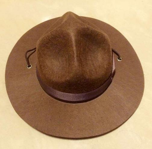 Catálogo de fabricantes de Mountie Sombrero de alta calidad y Mountie  Sombrero en Alibaba.com 44fdfdd5a83