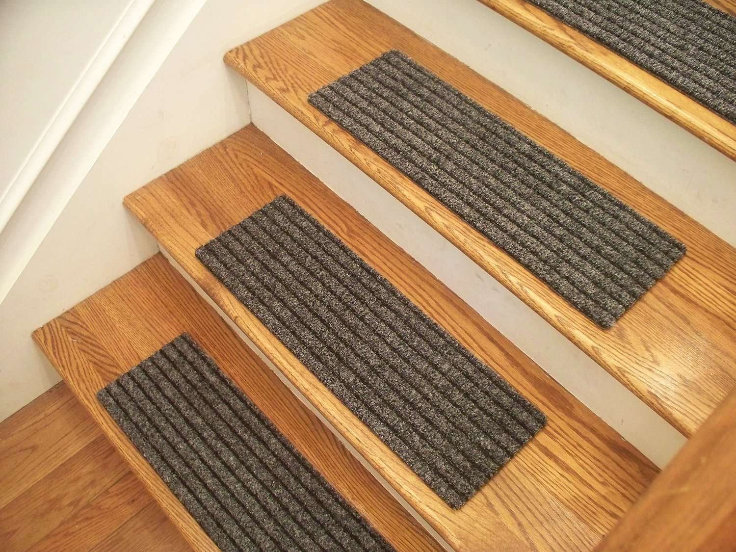 """Essential Carpet Stair Treads - Style: Classy - Color: Gray and Black - Size: 24"""" x 8"""" - Set of 15"""