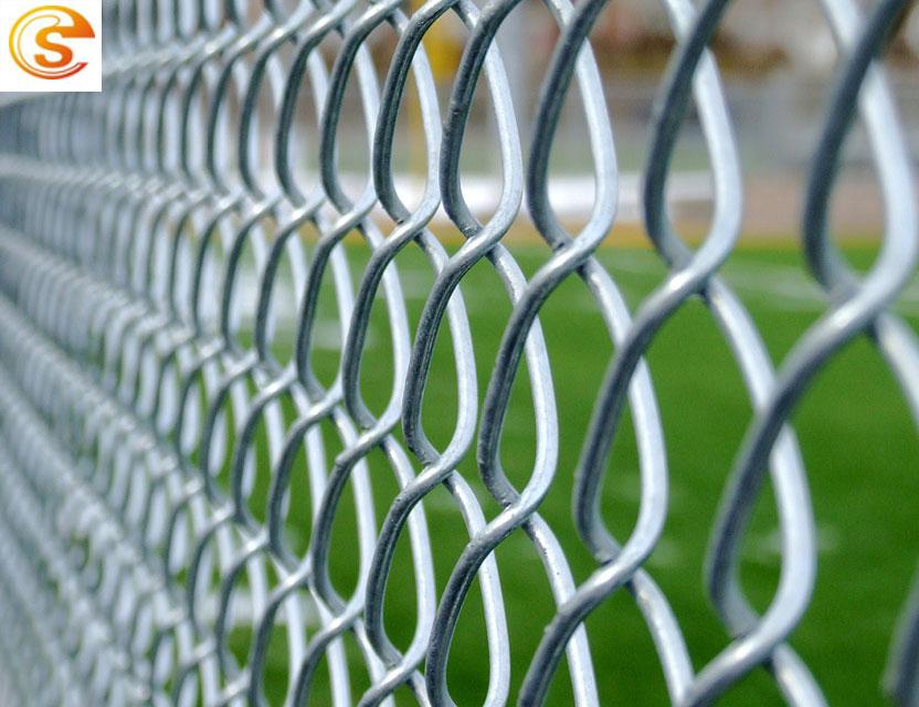 Galvanized Woven Wire Diamond Mesh Fence Made In Good Machine - Buy ...