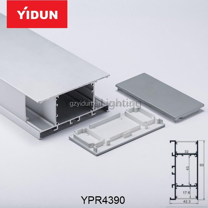 YPR43905.jpg