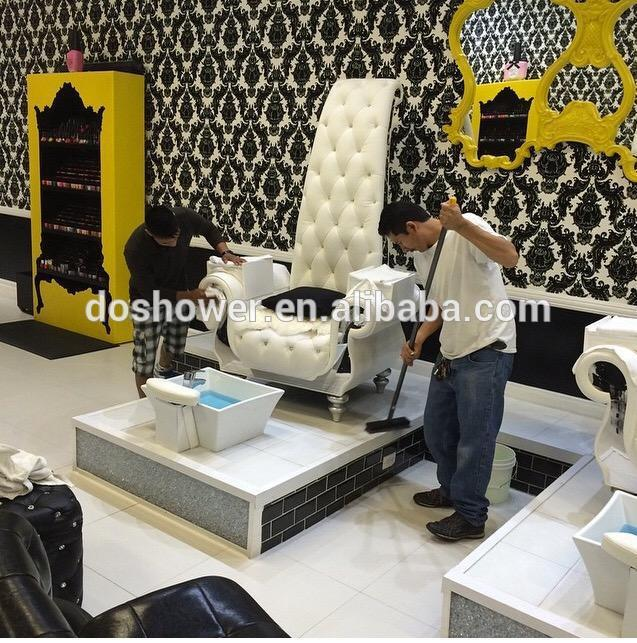 Luxury and queen style manicure pedicure chair for nail for Salon de pedicure
