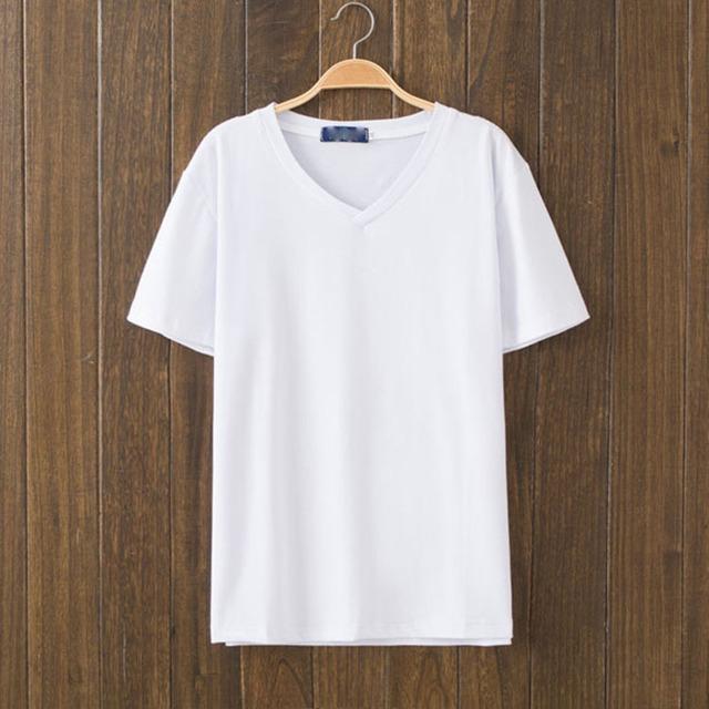 white t shirt hanger