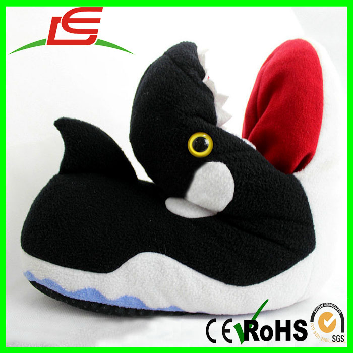 Personalized autumn winter cute black green cartoon plush warm slippers