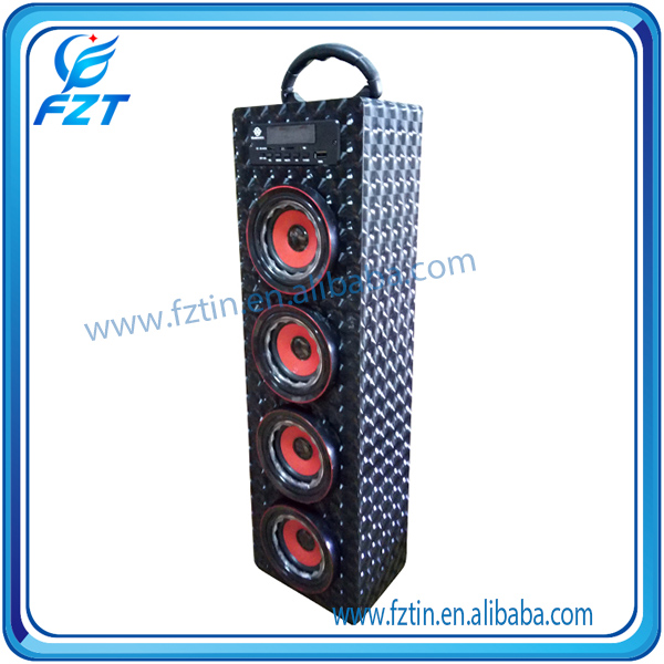 2016 popular product 3.3-4.7V mini speaker volume control UK-22 2.0 tower Support SD/TF card