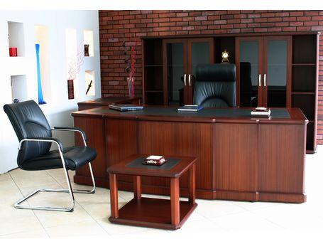 hun escritorios de madera