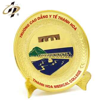 2019 Promotion gift customize 3D gold hard enamel  metal souvenir plates for thanh haw medical collect