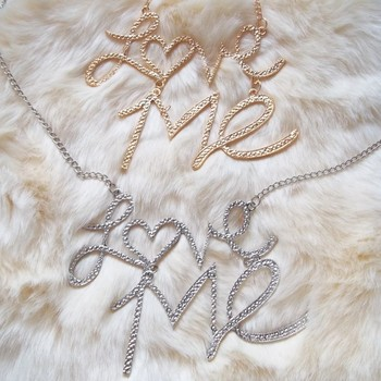 Fashionable and chic necklace with love me pendant