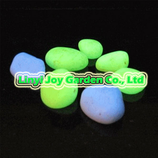 Fish aquarium decoration stone / glow in the dark pebble stone