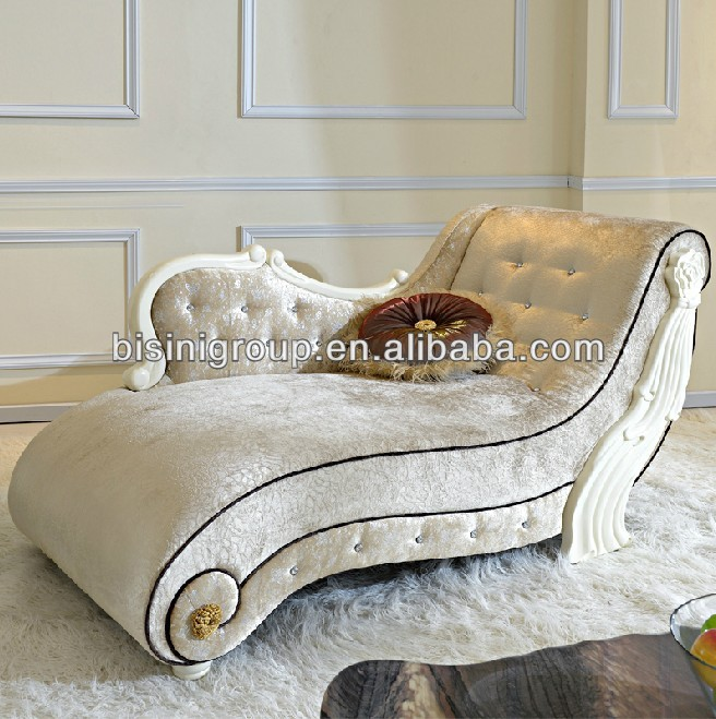 French Style Chaise Lounge Sofa In Vintage Cream Color Bf11 0507b