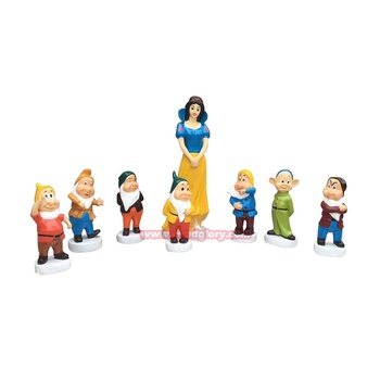 Fiberglass resin statues Snow White and the Seven Dwarfs sculpture
