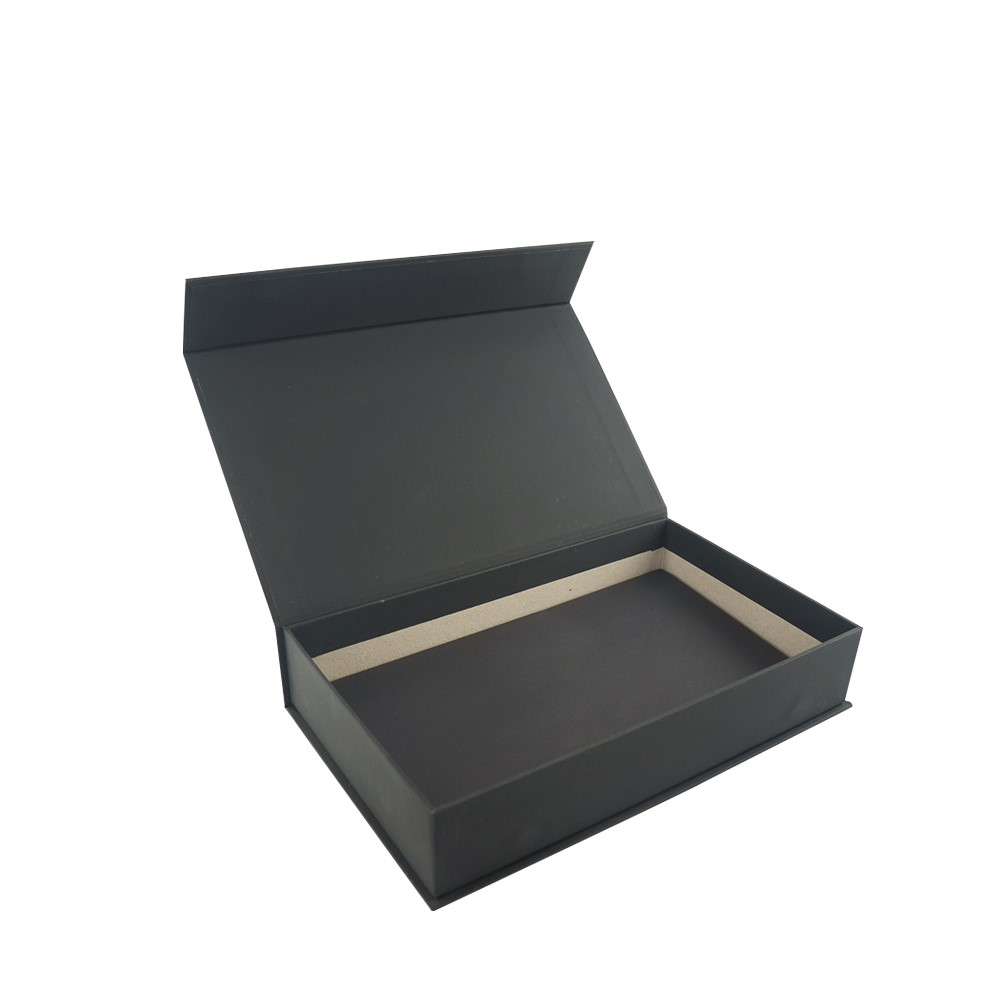 Custom  Black Magnetic Gift Box Packaging
