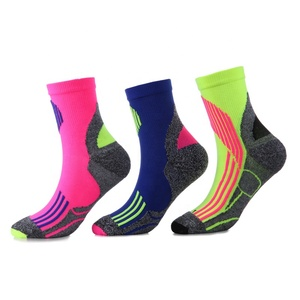 High quality men sporty thick socks mesh breathable cotton running cycling socks sport