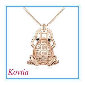 new design costume rose gold frog necklaces bold jewelry for sale