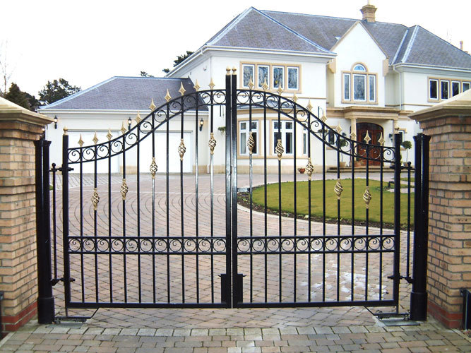Main Gate Design Home / Steel Main Gate Designs / Steel Pipe Gate ...