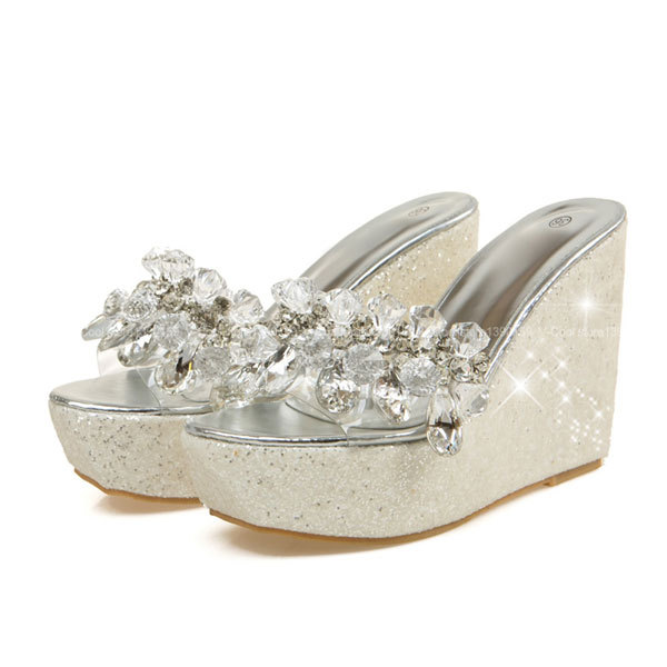 a046a28b2866b Get Quotations · 2015 Women Thick Platform Sandals Casual Ladies  Rhinestones Slippers Elegant Sandals Summer Bling Gem Shoes Woman