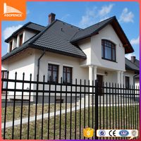 Free sample is offered for steel mesh fence iron wire mesh fence for house