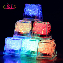Custom Plastic LED Light Cube Ice For Pub
