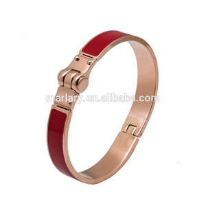 Latest Models Simple Designs Cheap Wholesale Modern Gold Plated Bangle