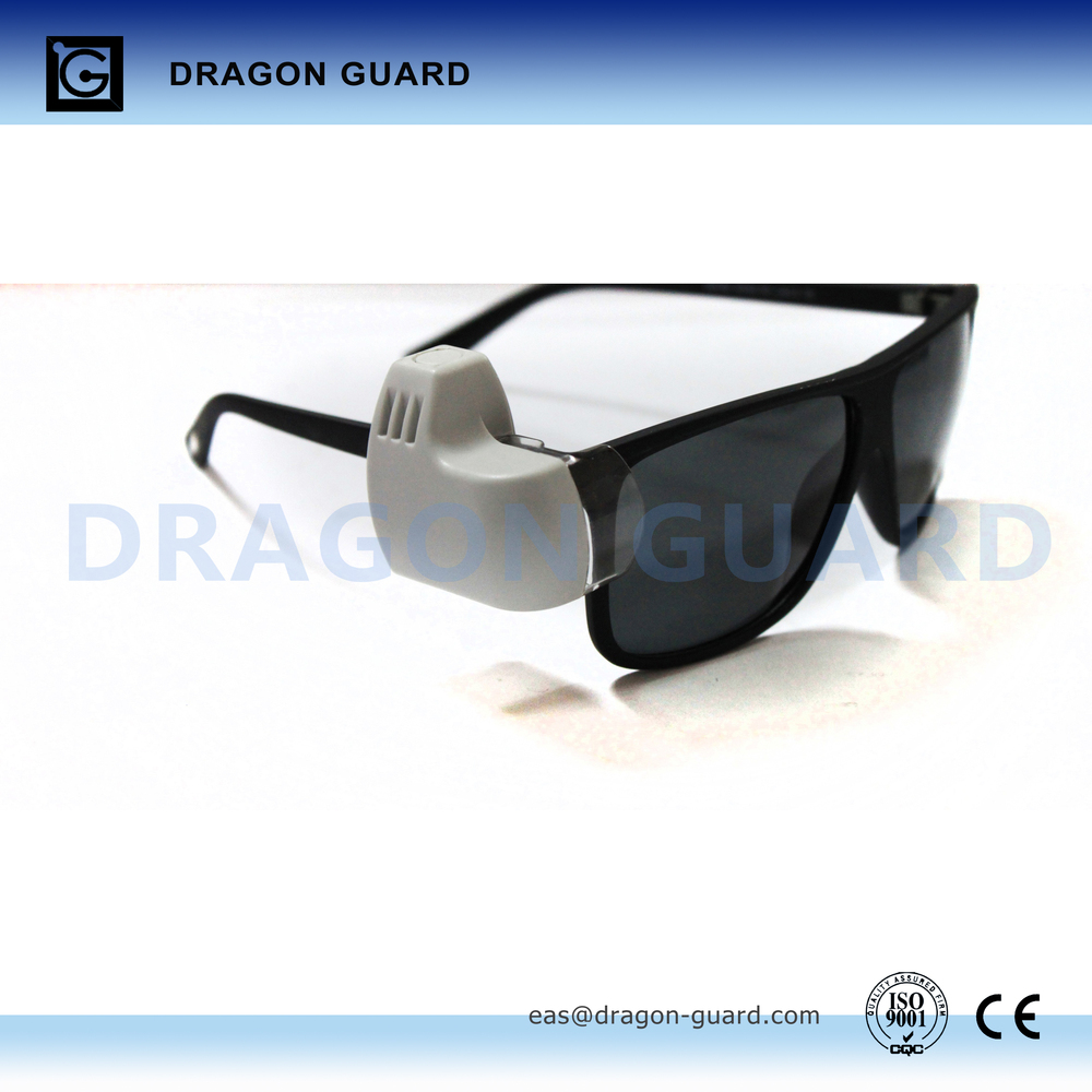 867e9afa3627 The optical tag innovated the protect method for glasses with easy and fast  operation jpg 1000x1000