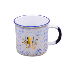 Chaozhou cheap bulk enamel mugs ceramic mug with hand painted design