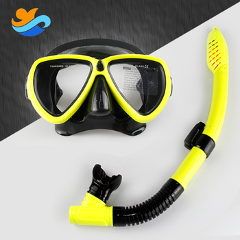 China Professional custom underwater diving mask and snorkel set