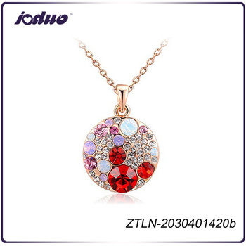 Newest Good Quality Pendant Type Luxury Crystal Necklace