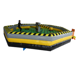 Popular Inflatable Team Challenge Wipe Out Game for Adults