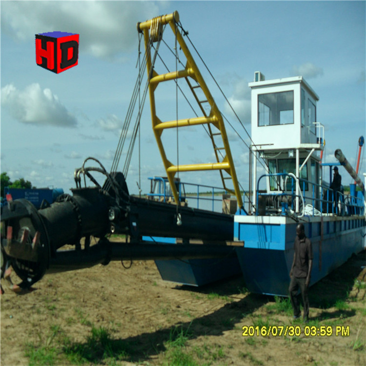 China 16inch hydraulic cutter suction dredger machine and equipment for dredging river sand