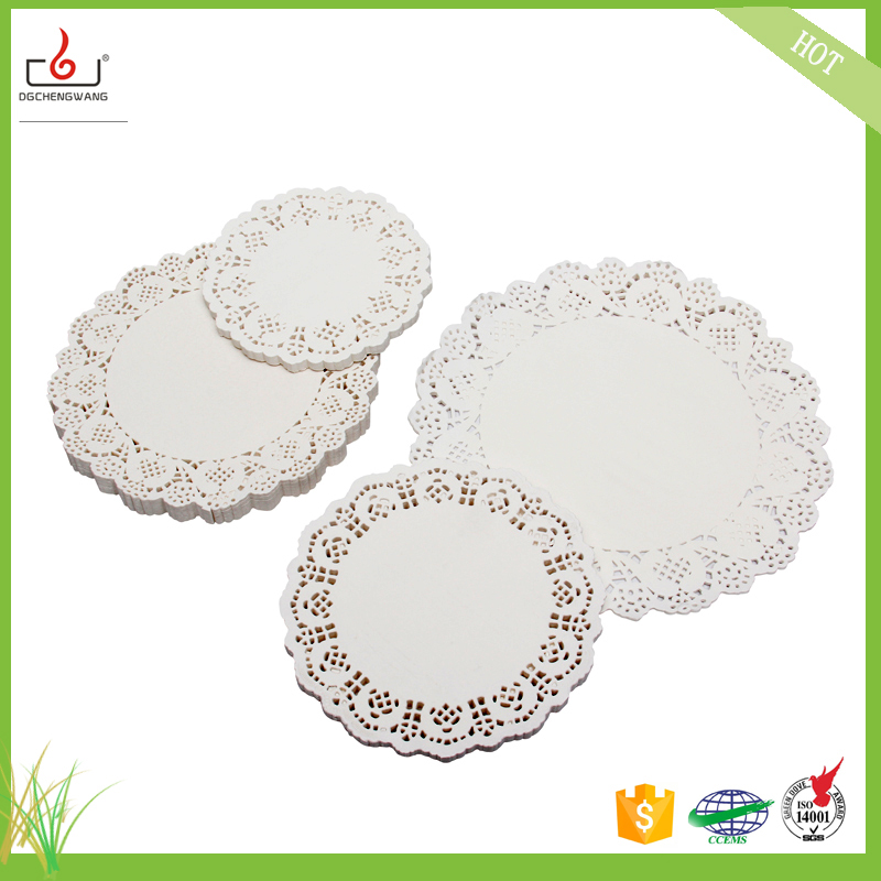 cheap paper doilies Add ornate charm to dishes of all shapes and sizes with this pack of assorted white paper doilies with 4 sizes of doilies included, each boasting a delicate die-cut.