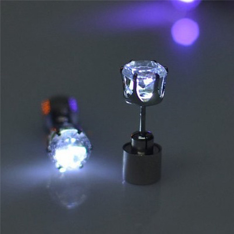 2018 wholesale Glow Party Gifts Light Up LED Earrings