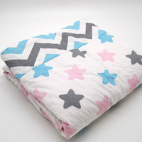 USA Fashion Luxurious Baby Indoor Used Polyester Filling Lt Pink Crib Quilt
